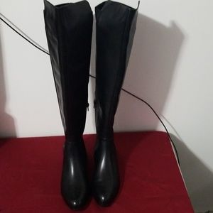 00c3c2a5de3 Clarks Bizzy Girl Black Leather High boots. NWT